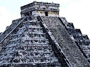 Aztec-Priests-Religion-Aztec-Temples