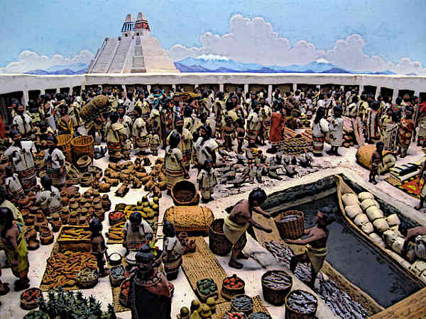 Aztec society - Aztec Traders at marketplace
