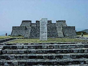 Aztecs Xochicalco Pyramids - Since religion was extremely important for the Aztecs, Aztec buildings made rich use of religious symbolism.